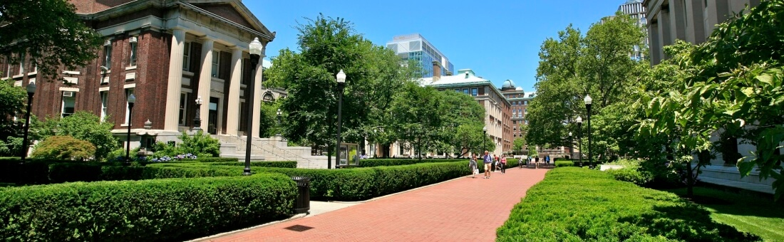 6 Top Things to Look For When Selecting a Graduate School